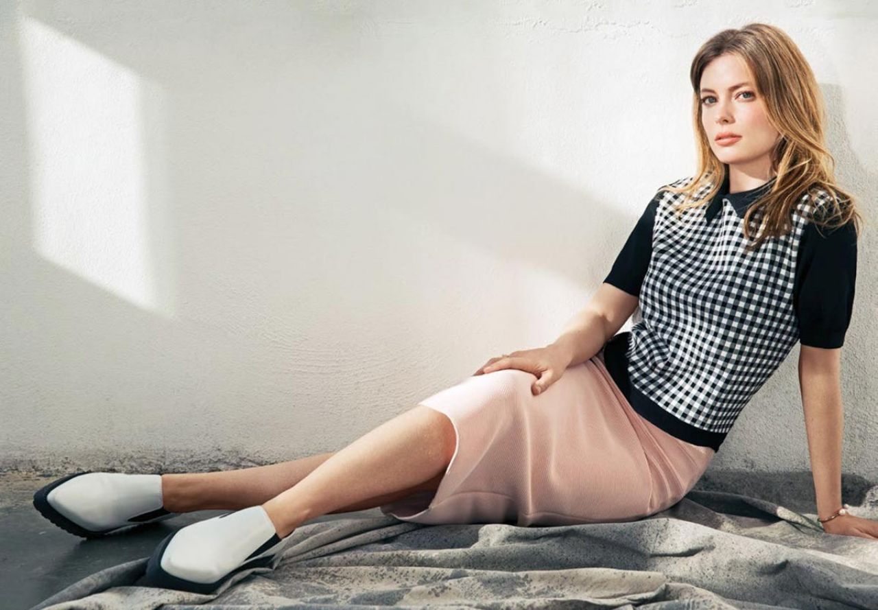 Gillian Jacobs Photoshoot For Flare Magazine January 2015