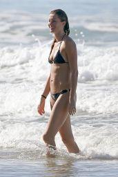 Gisele Bundchen Bikini Candids - Costa Rica, December 2014