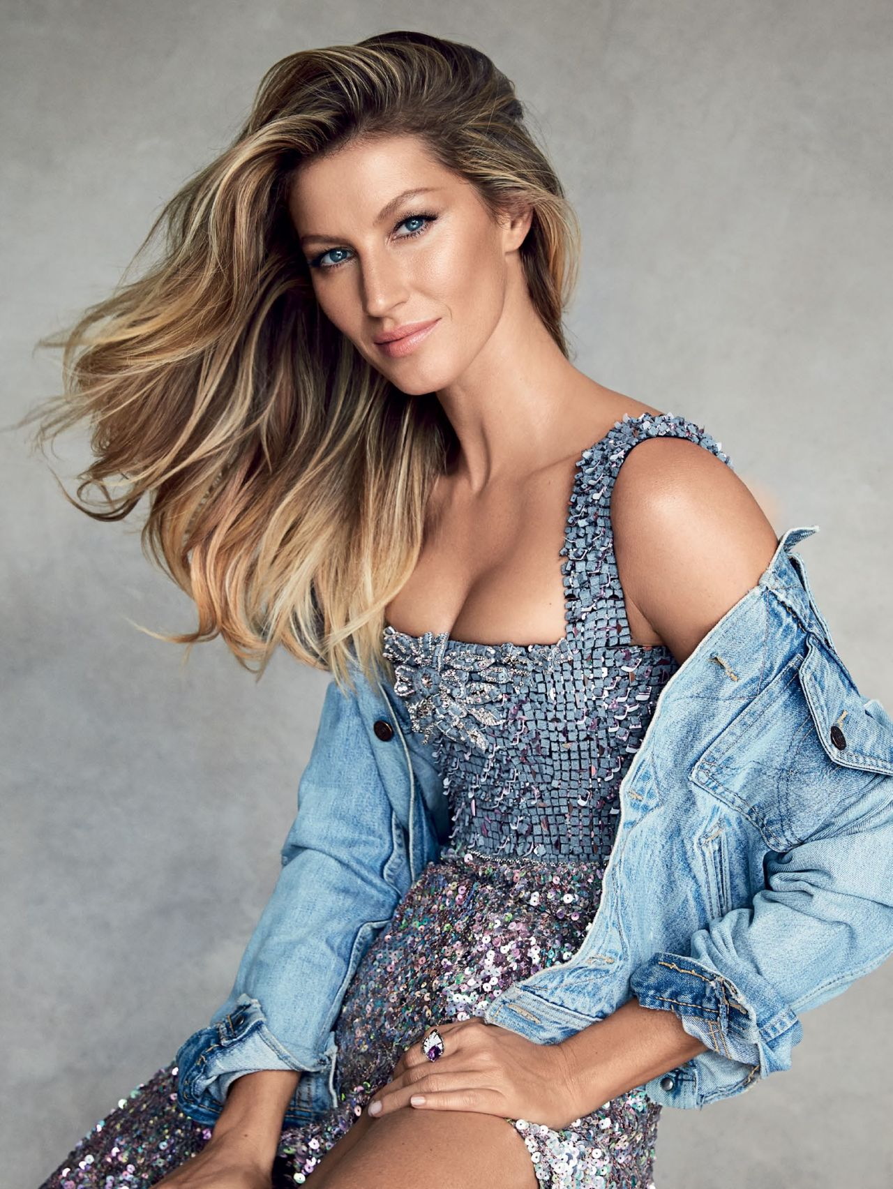 Gisele Bundchen in Vogue Paris
