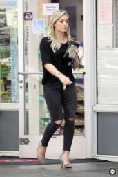 Hilary Duff - at a Gas Station in Beverly Hills - December 2014