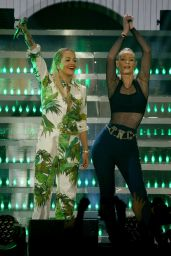 Iggy Azalea Performs at 103.5 KISS FM's Jingle Ball 2014 in Chicago