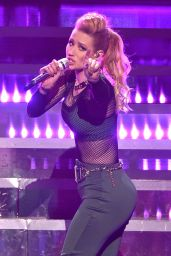 Iggy Azalea Performs at Z100's Jingle Ball 2014 in New York City