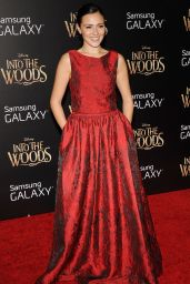 Italia Ricci – 'Into the Woods' Premiere in New Yortk City