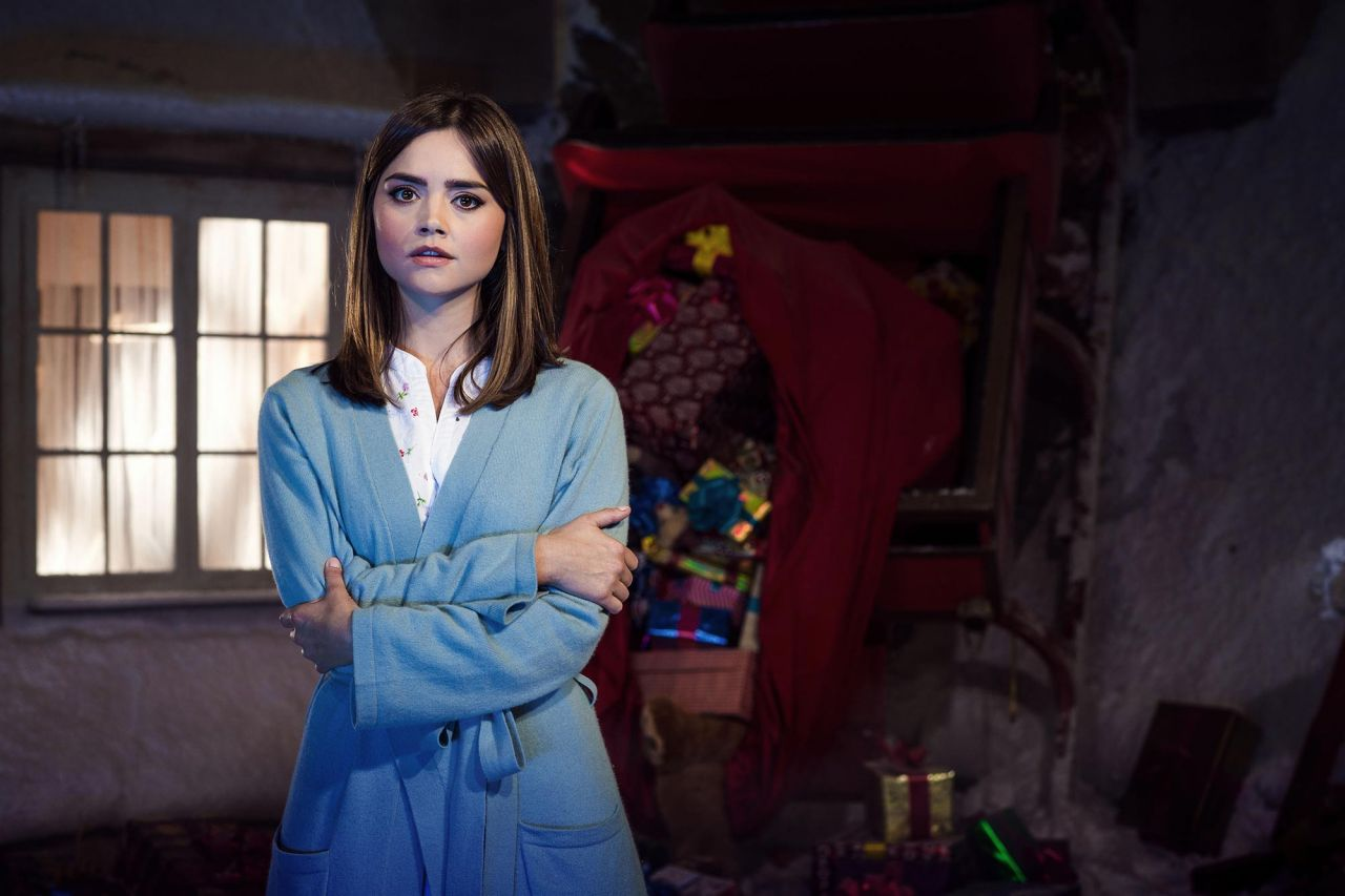 https://celebmafia.com/wp-content/uploads/2014/12/jenna-louise-coleman-doctor-who-2014-christmas-special-promo-images-still_3.jpg