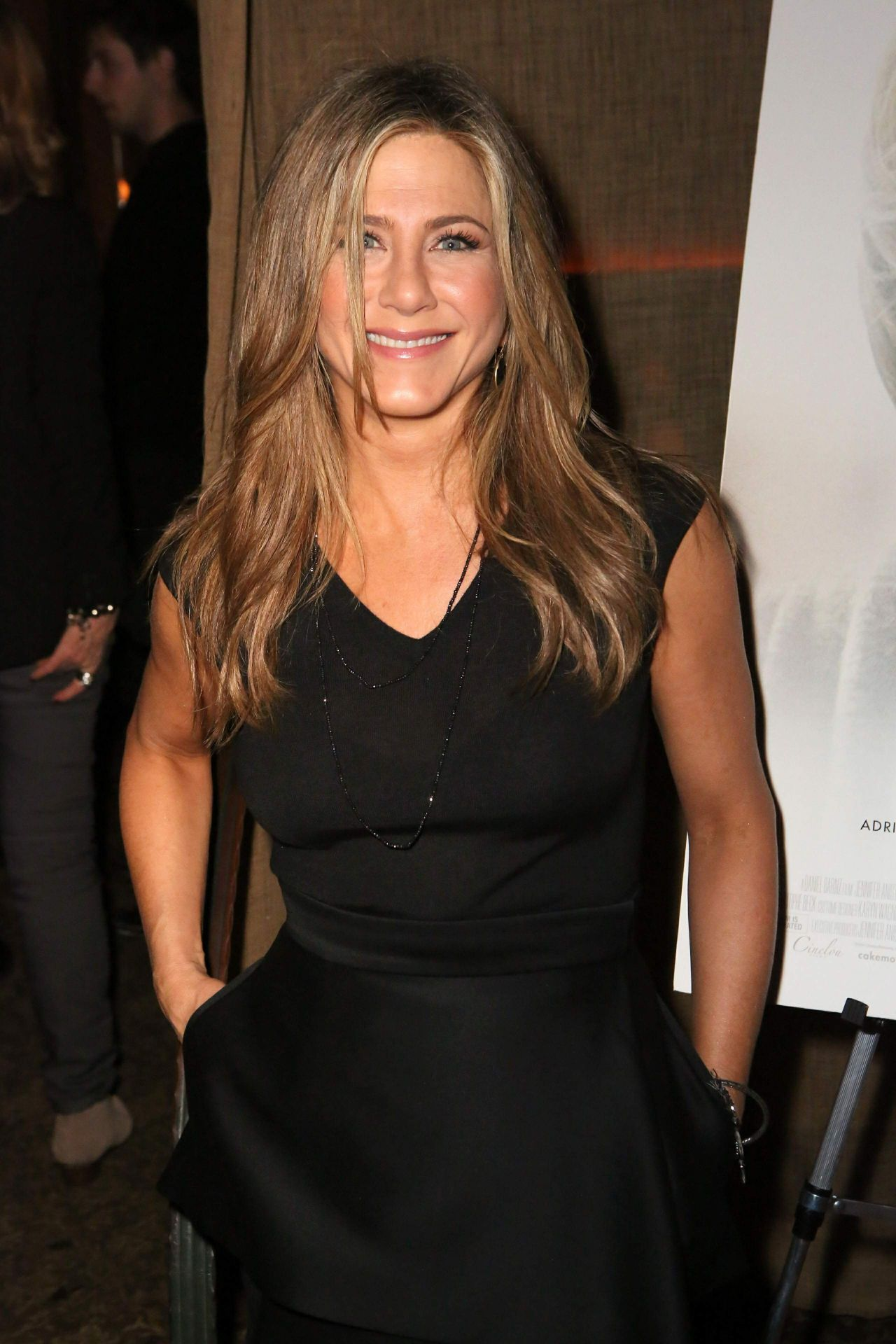 Jennifer Aniston Style - 'Cake' Party at Chateau Marmont in Hollywood ... Jennifer Aniston