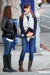 Jennifer Garner - Christmas 2014 Shopping Santa Monica