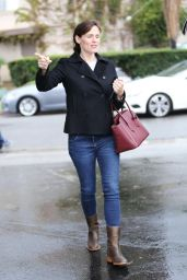 Jennifer Garner Street Style - Out in Brentwood, December 2014