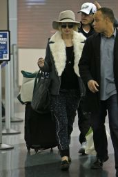 Jennifer Lawrence at JFK Airport, Dec. 2014