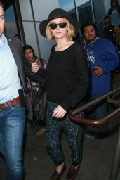 Jennifer Lawrence Casual Style - at LAX Airport, Dec. 2014