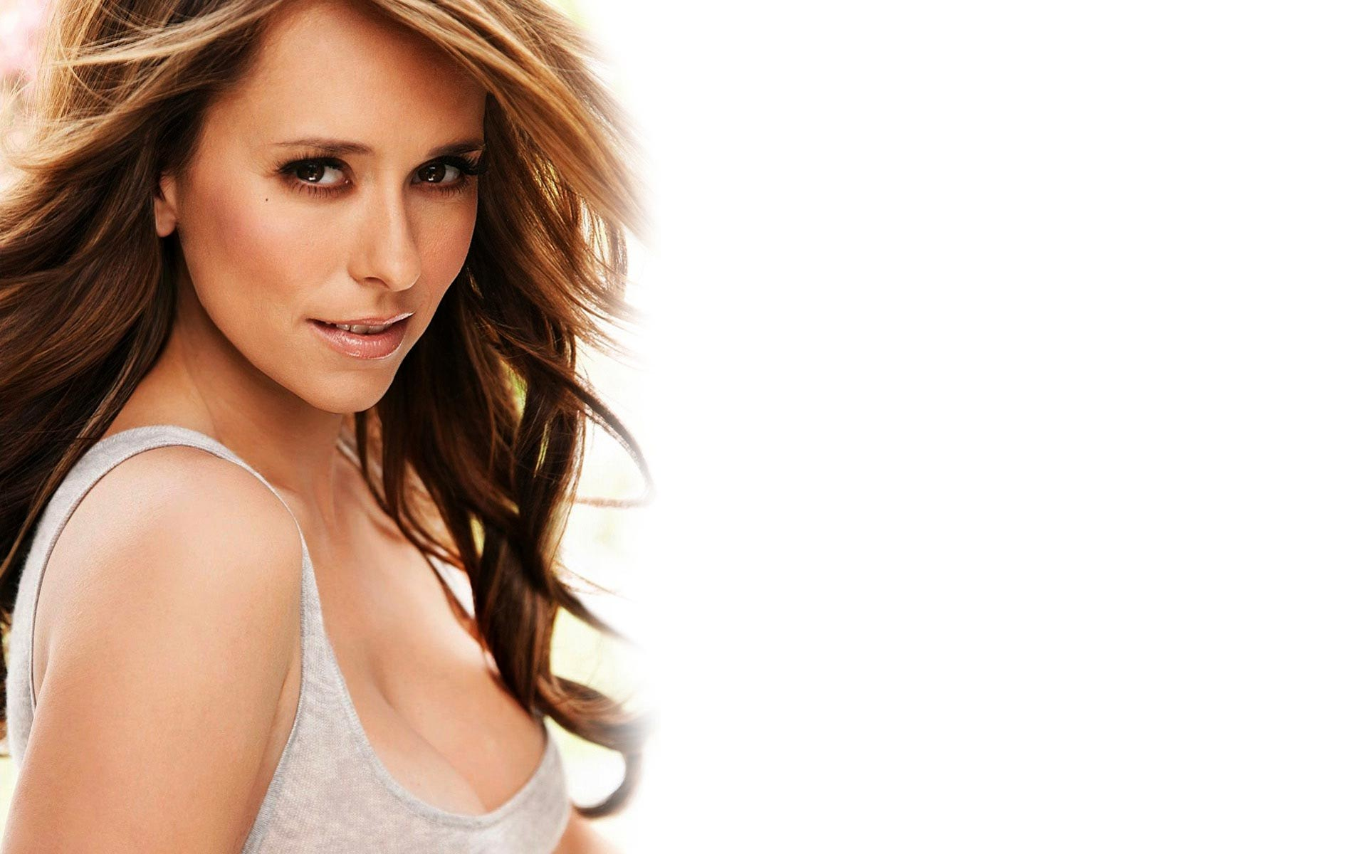 Jennifer Love Hewitt Hot Wallpapers 12-6472