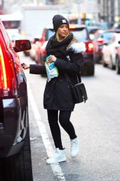 Jessica Alba Street Style - Out in New York City - December 2014