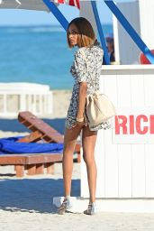 Jourdan Dunn - Photoshoot on the Beach in Miami - December 2014