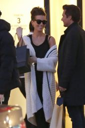 Kate Beckinsale - Shopping at Barneys New York in Beverly Hills - Dec. 2014