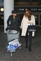 Kate Beckinsale Style - at LAX Airport,  November 2014