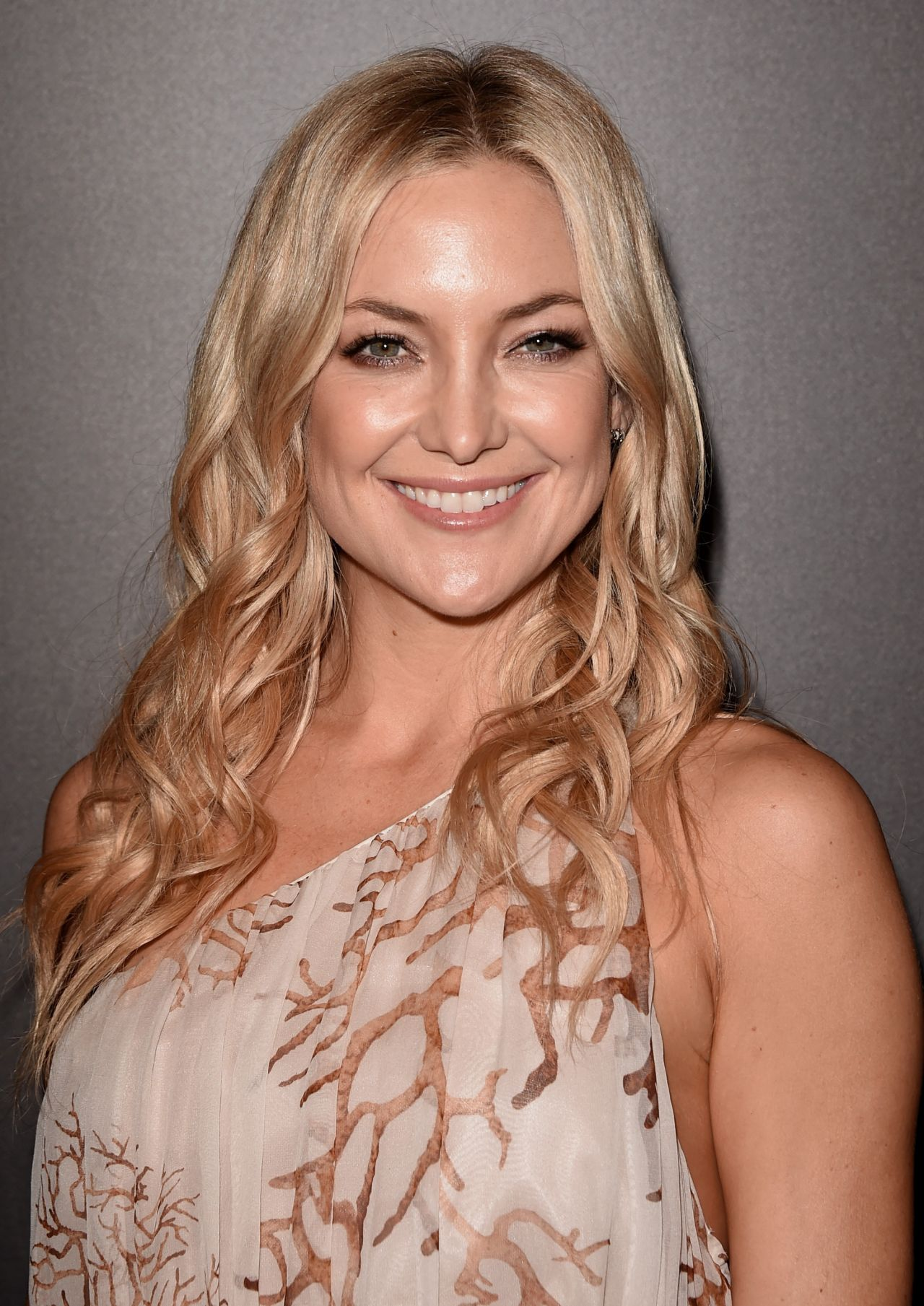 Kate Hudson 2014 People Magazine Awards In Beverly Hills