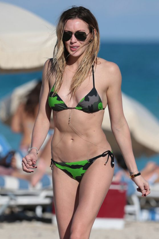 Katie Cassidy Bikini Pics - Beach in Miami, December 2014