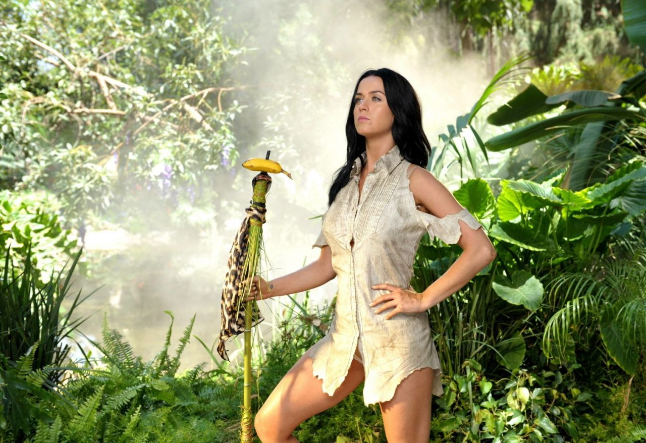 Katy Perry - Roar Music Video - Behind The Scenes Promo Photos