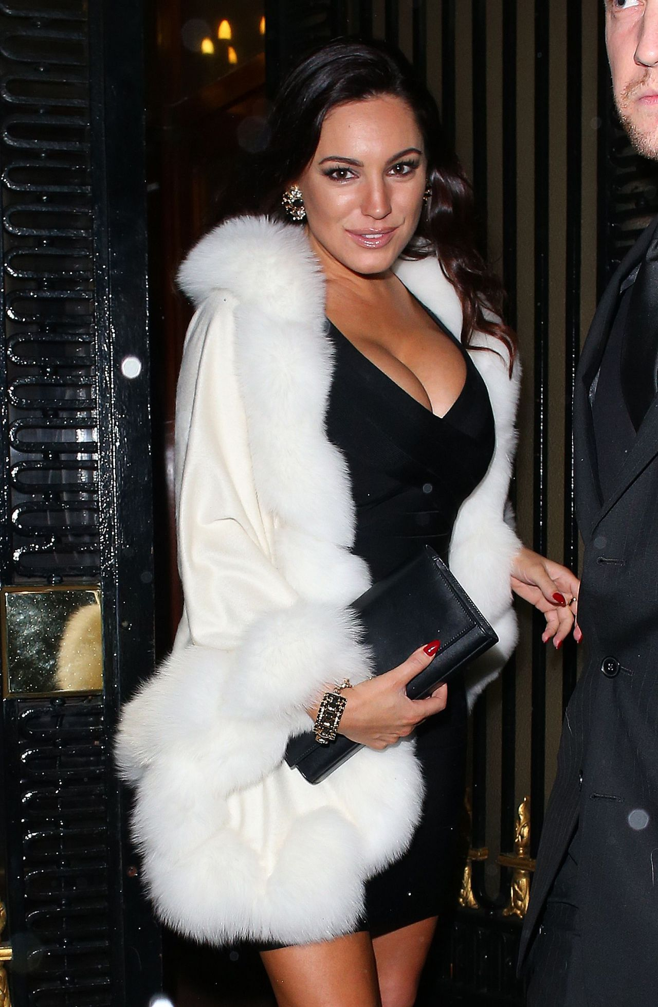 Kelly Brook - Going to a Christmas 2014 Party in London