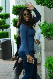 Kelly Rowland Casual Style - Shopping at Nieman Marcus in Beverly Hills - December 2014