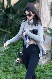 Kendall Jenner Street Style - Leaving a Gym in Calabasas - December 2014