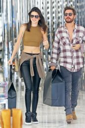 Kendall Jenner Streetstyle - Shopping in Beverly Hills - December 2014