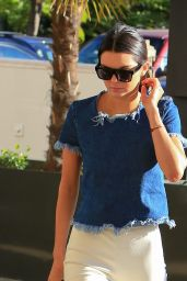 Kendall Jenner Style - Shopping in Beverly Hills - December 2014