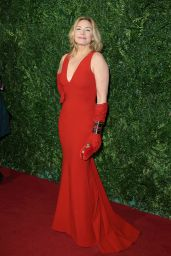 Kim Cattrall – 2014 London Evening Standard Theatre Awards in London