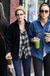 Kristen Stewart Streetstyle - Out for Lunch in Silverlake - December 2014