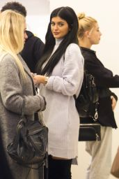 Kylie Jenner - Shopping at Nasty Gal