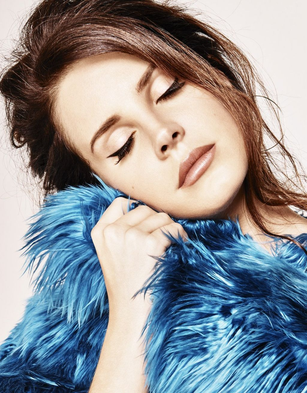Lana Del Rey - Photoshoot for Grazia Magazine (France) December 2014