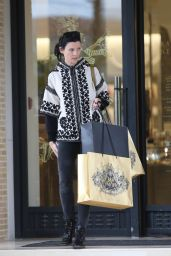 Liberty Ross - Shopping at Barneys New York in Los Angeles, Dec. 2014