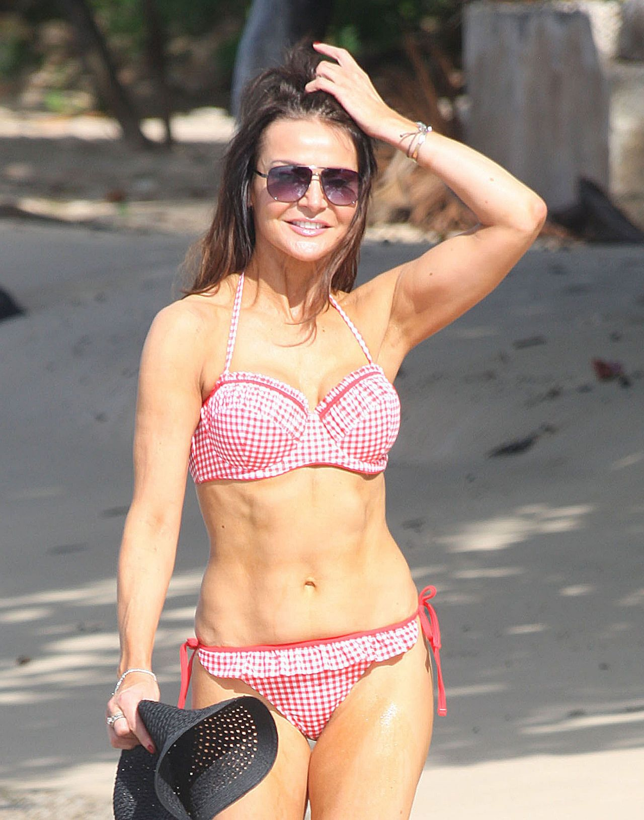 Lizzie Cundy - Beach Candids in Barbados, December 2014
