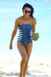 Lizzie Cundy Swimsuit Photos - on a Beach in Barbados - Dec. 2014