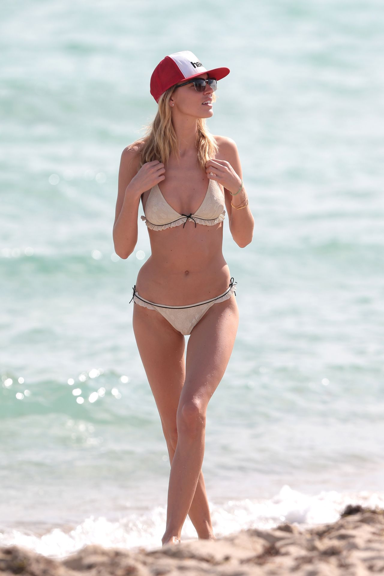 Martha Hunt Bikini Candids - Beach in Miami, December 2014