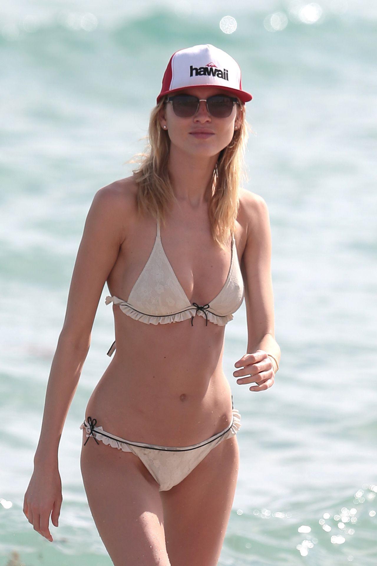 Martha Hunt Bikini Candids - Beach in Miami, December 2014