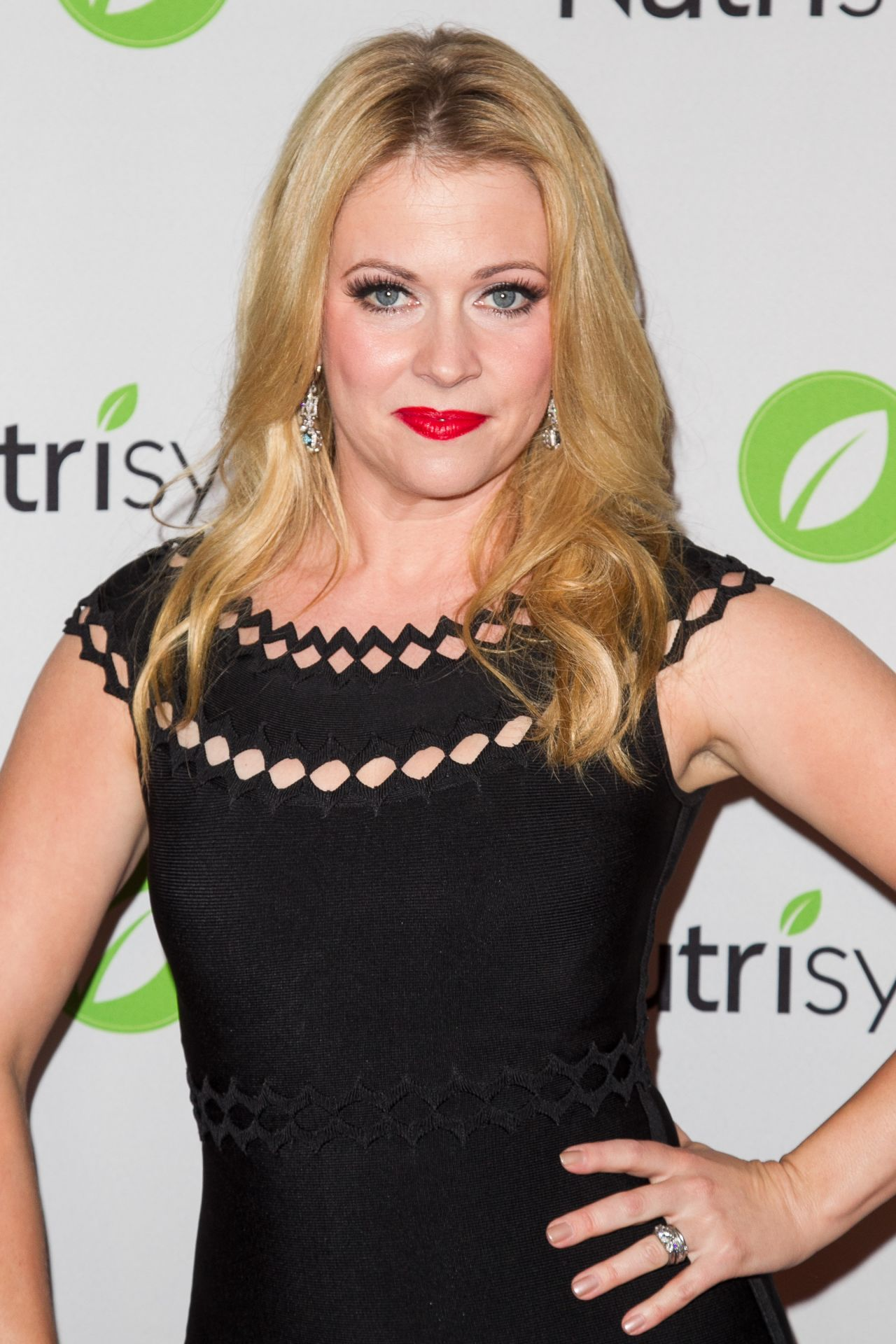 Melissa Joan Hart On Red Carpet The Santa Con Premiere