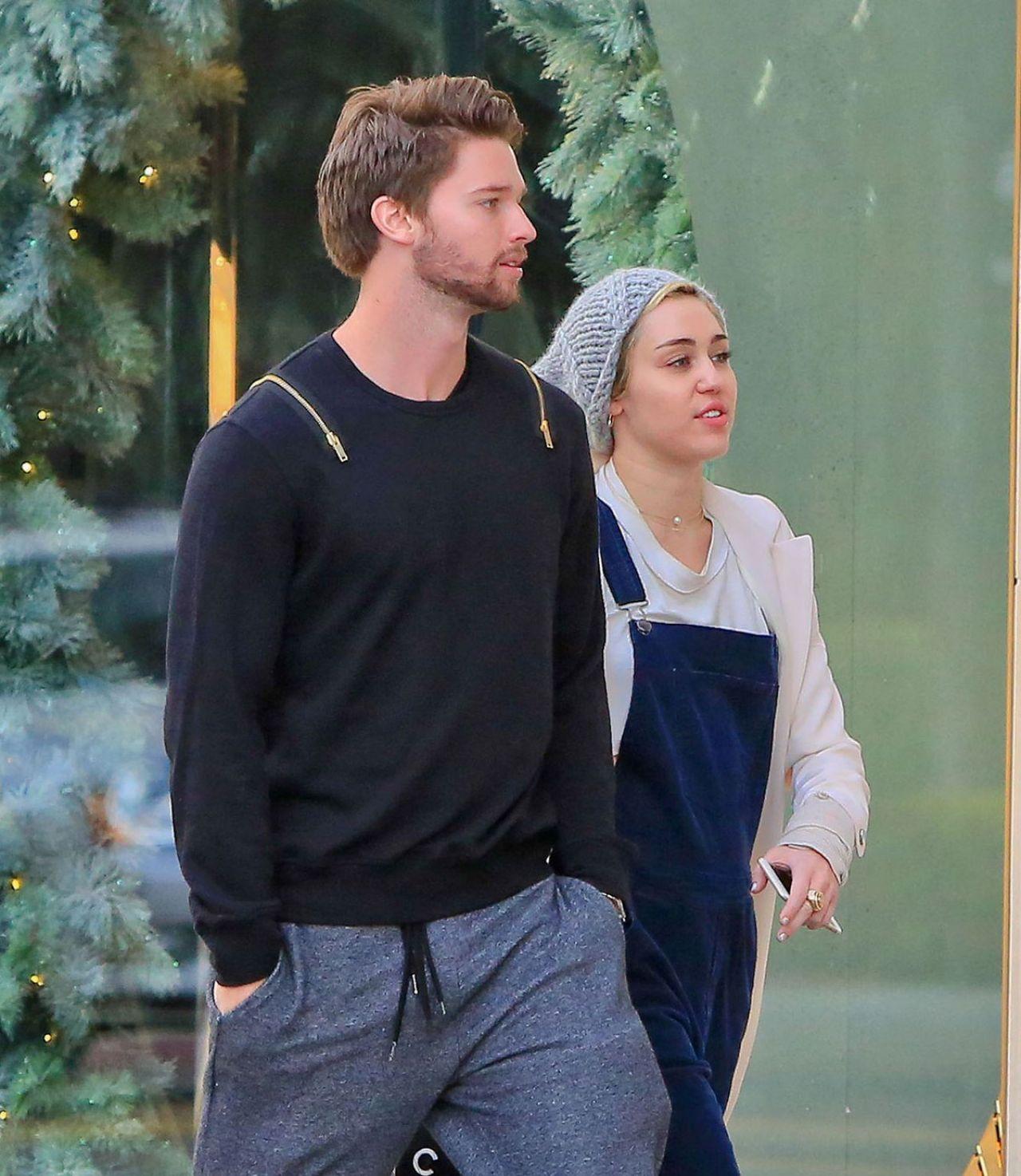 Miley Cyrus Boyfriend 2014