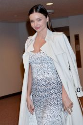 Miranda Kerr Style - Arriving at Narita International Airport in Tokyo, Japan - Dec. 2014