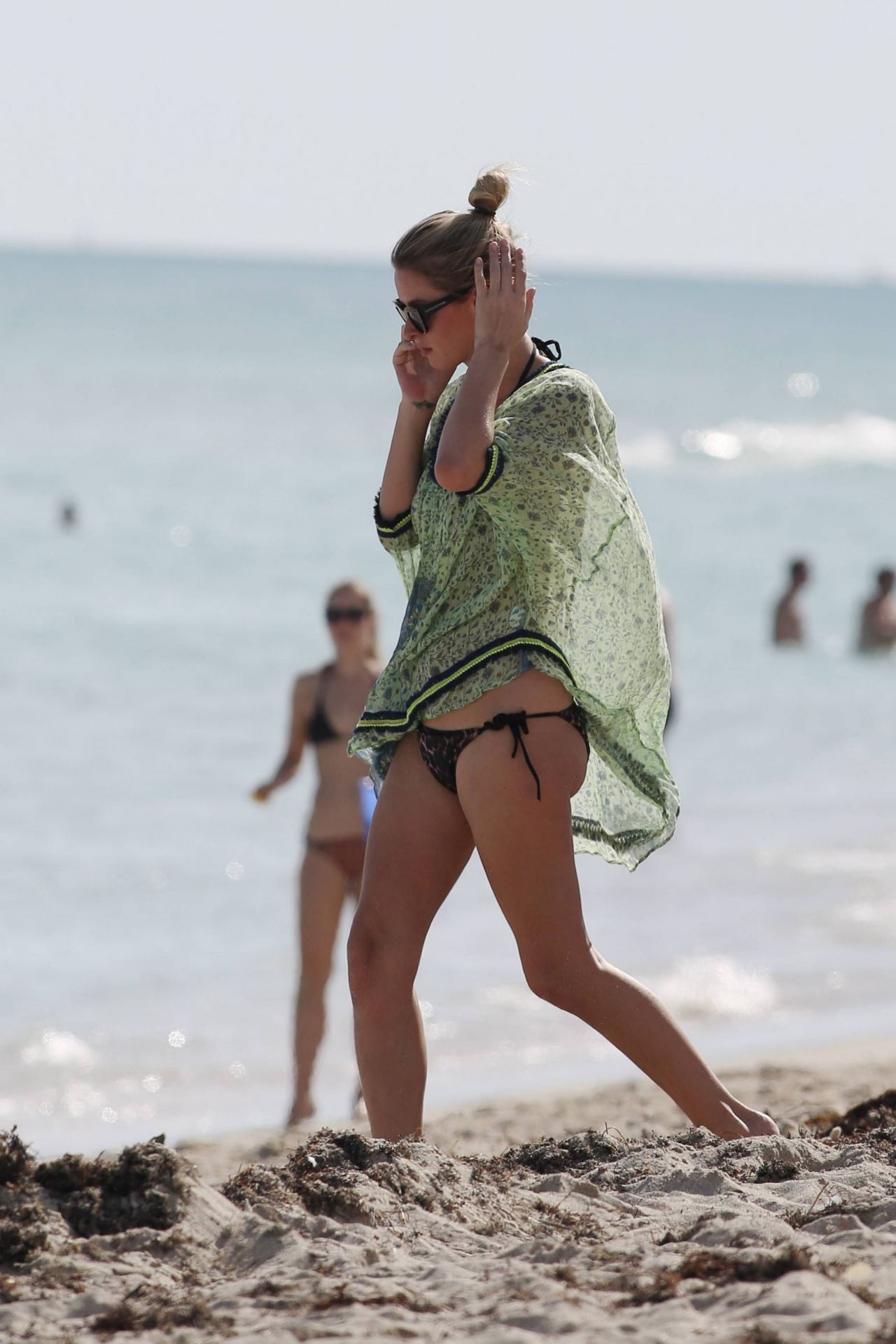 Nicky Hilton Bikini Candids - at a Beach in Miami - December 2014