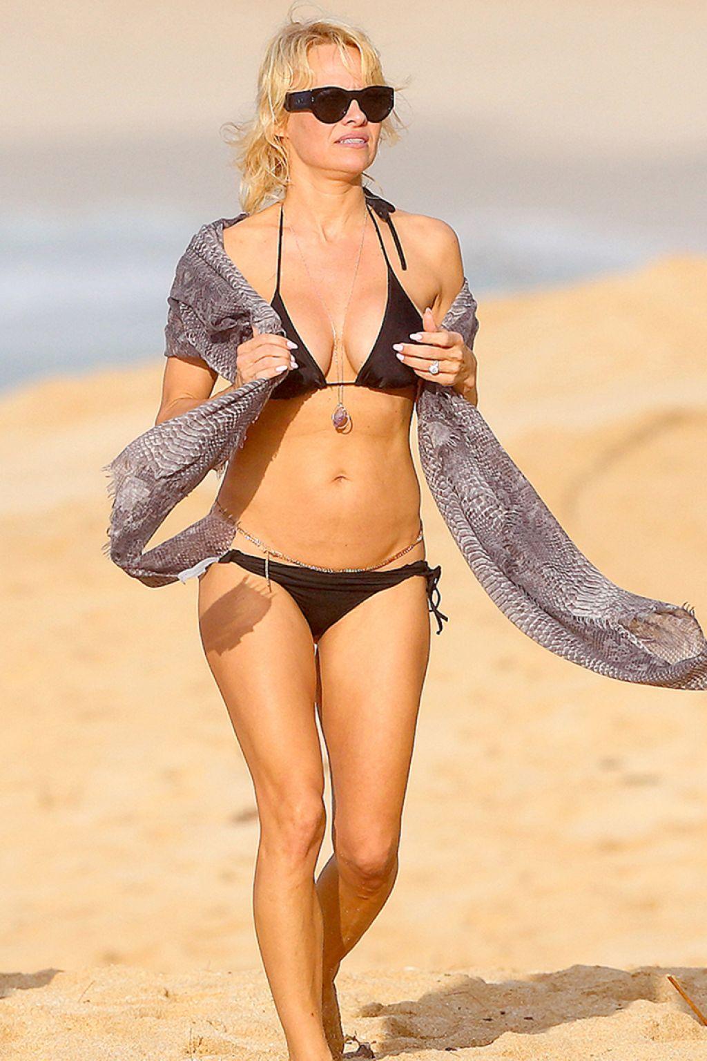 micro pamela bikini anderson