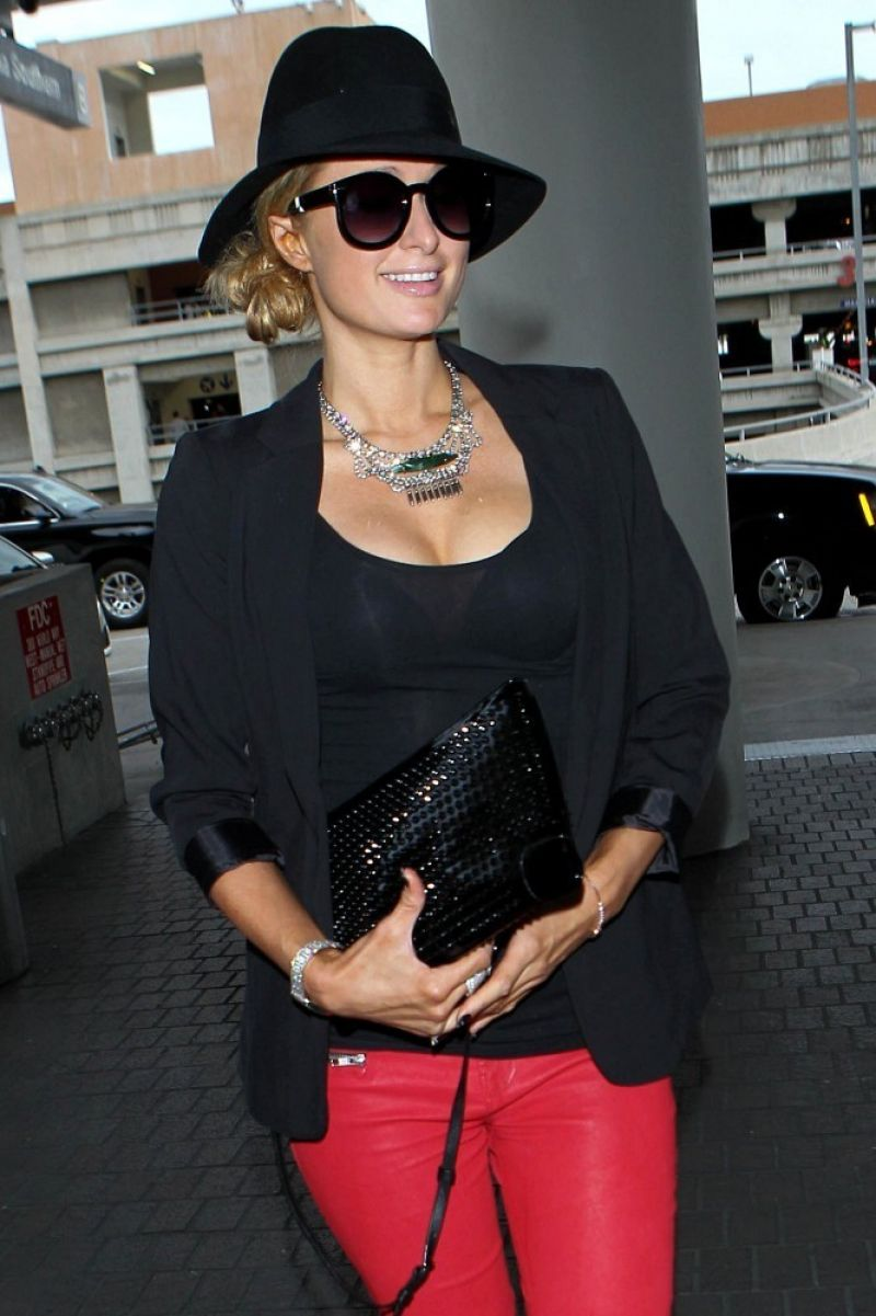 Paris Hilton Style - at LAX Airport, December 2014