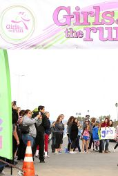 Peyton List - 2014 Girls On The Run 5k Fun Run in Vista Del Mar