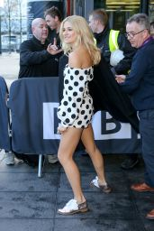 Pixie Lott Flashes her Legs - BBC Breakfast in Manchester, December 2014