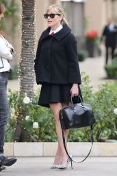 Reese Witherspoon Fashion - Leaves Her Office in Beverly Hills - December 2014