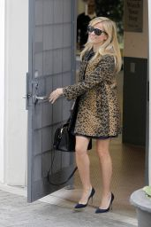 Reese Witherspoon Style - Leaves Her Office in Beverly Hills - December 2014