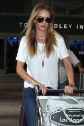 Rosie Huntington-Whiteley in Skiny Jeans at LAX Airport - December 2014