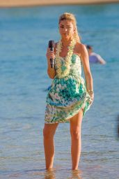 Sarah Hyland in Hawaii - Filming a Disney Christmas Special - November 2014