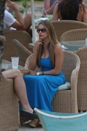 Sofia Vergara in White Swimsuit - Poolside in Hawaii - December 2014