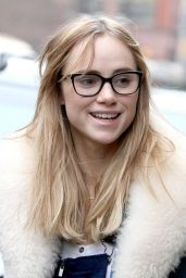 Suki Waterhouse Style - Out in New York City, December 2014