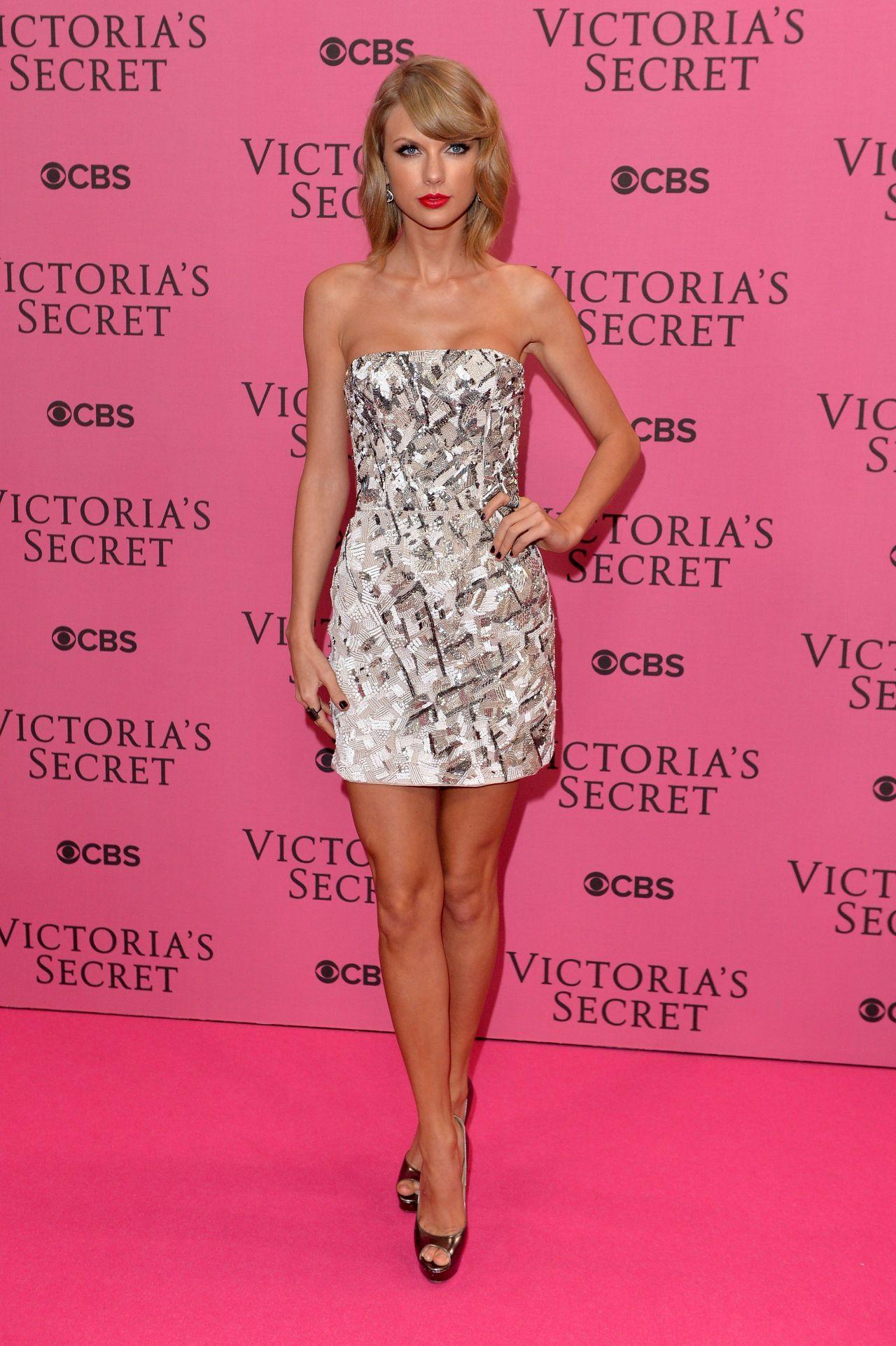Victoria secret fashion show 2018 taylor swift dresses